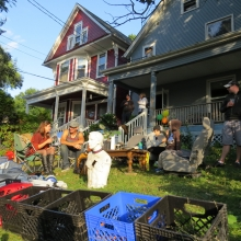 Residents own Willy Street always make a day of it, opening their lawns to friends and strangers.